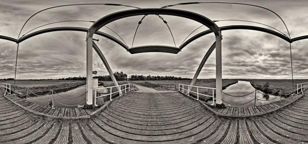 Klappbrücke am Fehnjer Tief